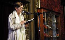 Cristina Banegas interpretando un fragmento de una de las obras