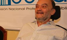 Roberto Fontanarosa amigo de las bibliotecas populares
