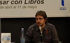 Conferencia de Felipe Pigna en la 35ª Feria Internacional del Libro año 2009, en el marco del Encuentro Nacional de Bibliotecas Populares